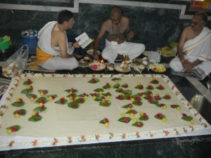 Vyasa Puja done and Purnami Pooja done simultaneously